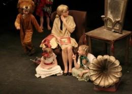 316347_przedstawienie_teatralne_granny_s_magic_book